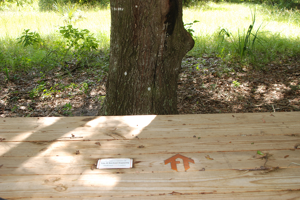 Picnic table honors Lou and Rachel Augspurg