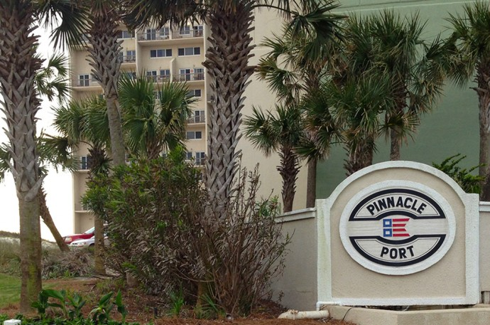 Pinnacle Port entrance sign