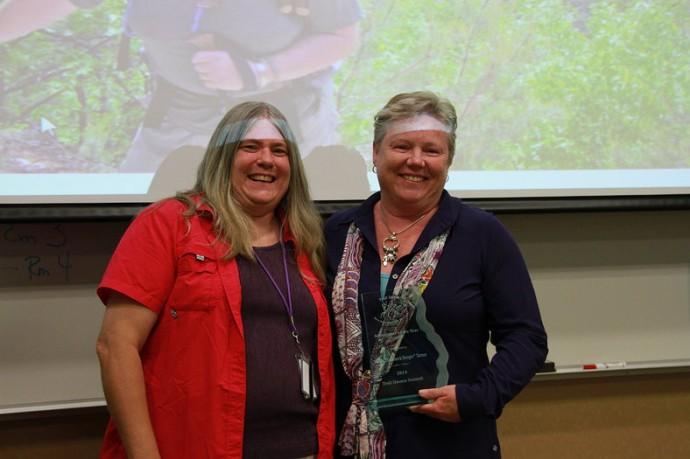 Susan Turner accepts her award (photo by Tina Tasso)
