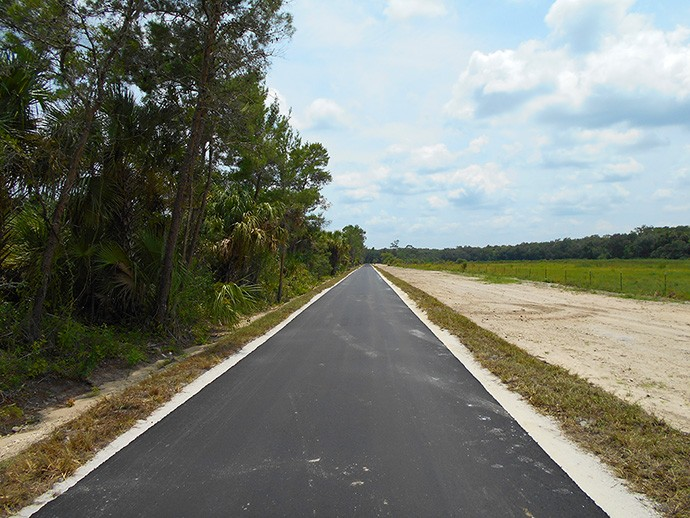 Brand new piece of trail paralleling Cow Creek Road