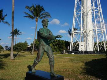 Statue honoring the Barefoot Mailman