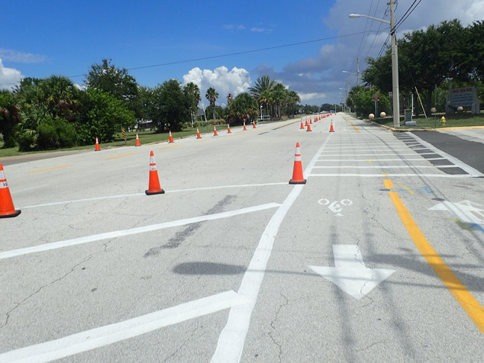 Indian River Ave bike lanes