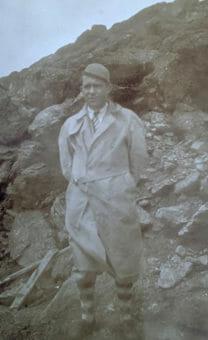 1930s hiker AMC