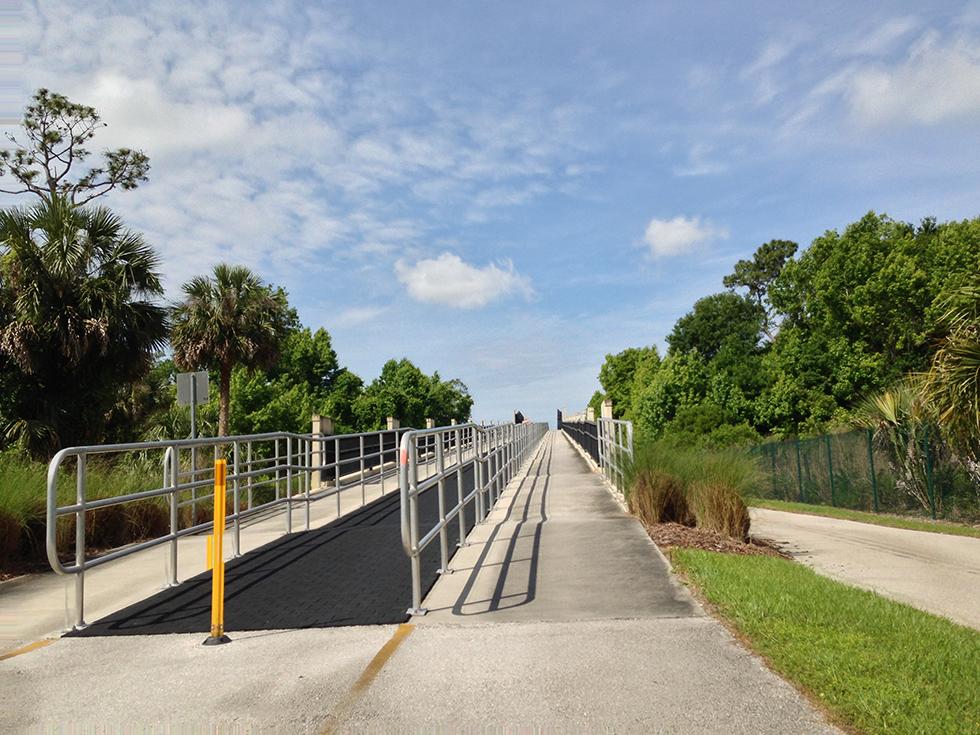 Bridge over SR 434
